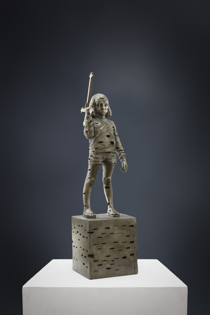 Gehard Demetz, Our Mother Bake For Us, bronze, 50x14x14cm